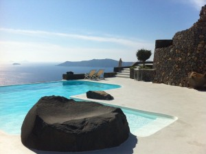 a_unique_retreat_-_aenaon_villas_in_santorini_greece_5_20130416_1885313220