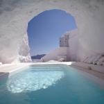 Piscina  stile Santorini effetto spiaggia naturale Beton Pool