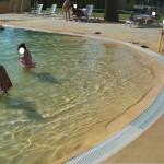 Dettagli di piscina effetto sabbia