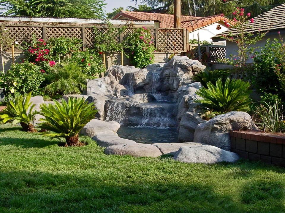 Rocce artificiali - Cascata da giardino ...