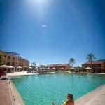piscina resort aspetto  effetto spiaggia (recoating su vecchio mosaico)
