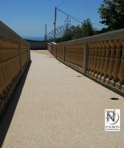 Pavimento naturale in graniglia di marmo e resina -Drenapan