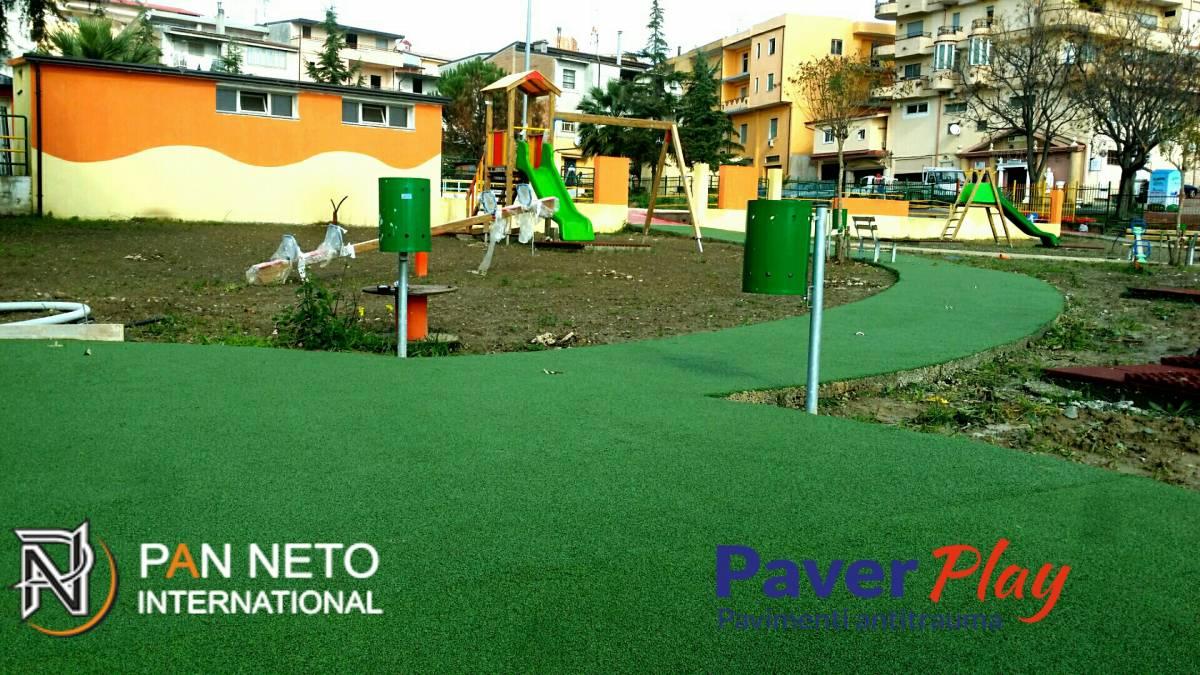 Pavimento In Gomma Per Bambini : Pavimento antitrauma in gomma colata